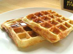 Waffle B�sico - Veja mais em: http://www.cybercook.com.br/receita-de-waffle-basico.html?codigo=15878