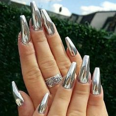 Chrome Nail Powder, Chrome Nail Art, Powder Nails, Gold Chrome, Chrome Nails Designs, Acrylic Nail Designs, Nail Art Designs, Silver Nail Designs, New Year's Nails