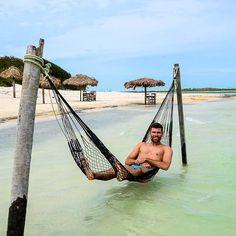 O @Fapastorello estava relembrando a tranquilidade que é curtir uma rede na Lagoa do Paraíso, em Jericoacoara.