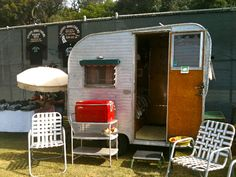Wow! Look at this Itty Bitty! 1960 Field & Stream Vintage Canned Ham Travel Trailer Camper
