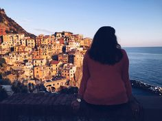 Tight on time but still want to see all five towns? Read on to find out how  to make this possible!  For those of you who are not familiar with the area, Cinque Terre is more  accurately a region, rather than a singular city. The region of Cinque  Terre is made up of five waterfront villages: R