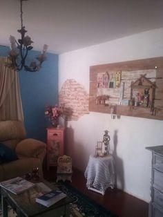 Sala de estar,painel rústico em homenagem á Salvador
