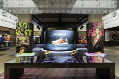 En este post analizo la tienda de Nike desde el punto de vista del Visual Merchandising.