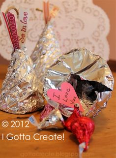 DIY giant hollow Kisses that you can fill for #Valentines Day!   #recycling project at I Gotta Create!