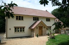 Hanse Haus co uk - Pre-fabricated energy-saving homes from Hanse Haus Cottage Exterior, Dream House Exterior, House Plans Uk, Cottages Uk, Prefabricated Houses, Prefab Homes Uk, Self Build Houses, Front Porch Design, Kit Homes