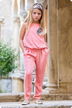 Anabel moda: ARTESANIA AMAYA. Arras y classic Cute Kids Fashion, Tween Fashion, Little Girl Outfits, Little Girl Fashion, Outfits Niños, Kids Outfits, Moda Blog, Stylish Kids, Baby Dress