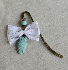 Marque pages en laiton bronze Hibou mint et noeud en dentelle au style retro vintage : Marque-pages par bohemiasroad