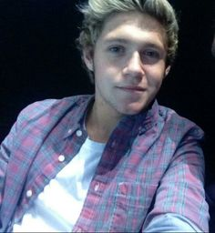 Niall in a flannel...
