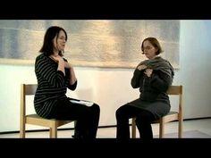Äänipedagogi ja rukouslaulusta väitöskirjan tehnyt Hilkka-Liisa Vuori kertoo äänen vaikutuksesta ihmisen kehoon ja mieleen. Teemme myös lyhyen rentoutumisharjoituksen käyttäen apuna äänen rauhoittavia ominaisuuksia.