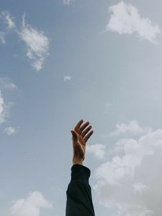 Aesthetic Quotes Discover Photo by youssef naddam on Unsplash person raising left hand under cloudy sky at daytime Hand Photography, Girl Photography Poses, Tumblr Photography, Creative Photography, Cloudy Photography, Sky Aesthetic, Aesthetic Photo, Aesthetic Pictures, Aesthetic Backgrounds