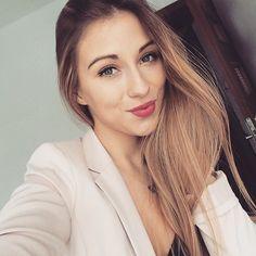 Idziecie na shopping ze mną?  Zapraszam na snapa  magdanlena  #me #selfie #selfietime #polishgirl #girly #girl #girlythings #shopping #now #daily #snapchat #loveit #love #longhairdontcare #longhair #hairstyle #sombrehair #sombre #blonde #beautiful #beauty #followme #details #poland by magdanlena
