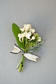 White Elegant Wedding Boutonniere