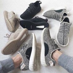 """Yeezy Boost Adidas Sport Ships within 7 days. ~ Item Type: Sneakers Insole Material: EVA Vamp Material: Mesh Cloth Colors: Black, Grey, Khaki ------------------------------------ US 4: 20.8cm / 8.2"""" U"""