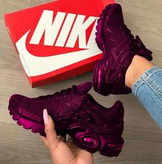 TN Plus Geometric Active Fuchsia Black Mens Women Running Shoes Grid Print Lemon Lime Bumblebee Game Royal Trainers Sports Sneakers Moda Sneakers, Cute Sneakers, Air Max Sneakers, Shoes Sneakers, Shoes Heels, Tenis Nike Air, Nike Air Shoes, Souliers Nike, Sneakers Fashion