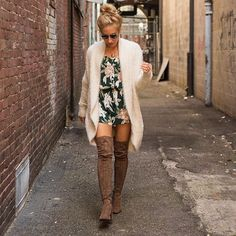 Erica of @delightfully_deligne showing how fall florals are done with this perfect fall outfit & in head to toe VC! IN STOCK NOW! Call to purchase (304)525.2204 #vcstyle #shopvc #ootd ##whatiwore #mu #wv #huntingtonwv #womensstyle #womensfashion #fashion #streetstyle #style #stylist #boutique #boutiqueshopping #instacool #instadaily #instastyle #instafashion #igers #fall16 #onlineshopping #igshop #shopping #instashop #instalike #showmeyourmumu #jeffreycampbell #bbdakota