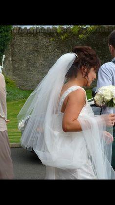 Upstyle! Girls Dresses, Flower Girl Dresses, Wedding Hairstyles, Wedding Dresses, Flowers, Fashion, Medium Wedding Hairstyles, Dresses For Girls, Alon Livne Wedding Dresses