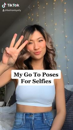 My 3 go to poses for selfies! How to take cute mirror pictures and what to do with your hands! Best Poses For Pictures, Best Photo Poses, Girl Photo Poses, Ideas For Pictures, How To Pose For Pictures Like A Model, Teen Photo Shoots, Cute Girl Poses, Good Poses, Beautiful Pictures