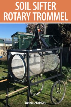 Build a soil sifter / rotary trommel using old bicycle wheel rims. Garden Compost, Veg Garden, Hydroponic Gardening, Hydroponics, Garden Beds, Garden Tools, Bicycle Spokes, Old Bicycle, Bicycle Wheel