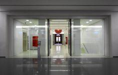 UniCredit Agenzia FlagShip Trento Via Galileo Galilei - Bank Design - Un progetto di Brunello Sighinolfi Architettura della comunicazione www.sighinolfi.com