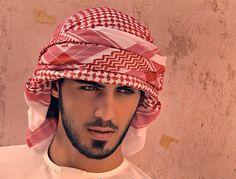 Non, ce n'est pas un news du Gorafi, mais la réelle mésaventure d'Omar Borkan Al Gala, un jeune homme originaire de Dubaï,qui a vécu une expérience insolite durant son voyage au festival Jenadrivah Heritage and Cultural Festival. Le Telegraph rapporte que le Comité pour la promotion de la vertu et la prévention du vice (police…