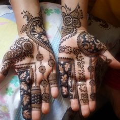 In this article, we recorded beneath top Arabic Mehndi designs in past years alongside pictures, that designs are ideal for any wedding and celebration occasions with any dress. Latest Arabic Mehndi Designs, Latest Bridal Mehndi Designs, Mehndi Designs Book, Indian Mehndi Designs, Mehndi Designs 2018, Mehndi Designs For Girls, Modern Mehndi Designs, Mehndi Design Photos, Wedding Mehndi Designs
