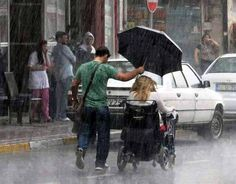 heartwarming acts kindness human caring people 20 Humanity at its absolute finest will restore your faith in people Photos) Human Kindness, Kindness Matters, Gives Me Hope, Faith In Humanity Restored, Good Deeds, Have Faith, Maya Angelou, Good People, Amazing People
