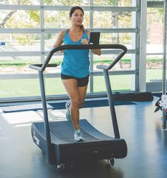 3 Treadmill Workouts To Try When The Weather Forces You Inside Training Plan, Marathon Training, Training Tips, Treadmill Workouts, Running Workouts, Fitness Tips, Fitness Motivation, Health Fitness, Jogging Tips
