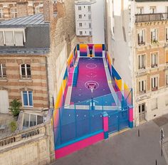 "ᴛᴏʙɪᴀs ᴠᴀɴ sᴄʜɴᴇɪᴅᴇʀ en Twitter: ""This new Basketball court by Ill-Studio and Pigalle is a thing of beauty. ✨ https://t.co/kUyrPBF91B"""