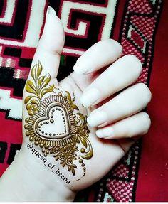 Palm Mehndi Design, Floral Henna Designs, Mehndi Design Pictures, Beautiful Henna Designs, Beautiful Mehndi, Latest Mehndi Designs, Bridal Mehndi Designs, Simple Mehndi Designs, Henna Tattoo Designs