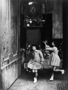 Herbert List, Naples, Italy, 1959.