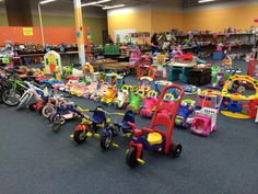 Some of the toys at the fall/winter 2014 Event!  #rhealanaswc