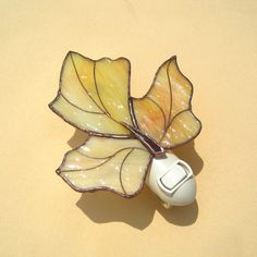 Maple+Leaf+Stained+Glass+Night+Light++no.+1+by+hobbymakers+on+Etsy,+$22.00