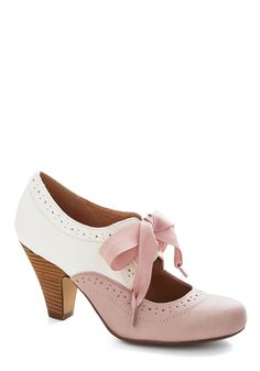 These are the shoes! ♡ Book Signing Soiree Heel in Pink | Mod Retro Vintage Heels | ModCloth.com