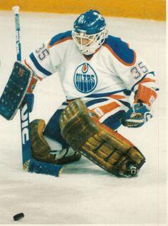 Andy Moog Hockey Goalie, Hockey Teams, Hockey Players, Ice Hockey, Hockey Rules, St Louis Blues, Vancouver Canucks, Edmonton Oilers, World Of Sports
