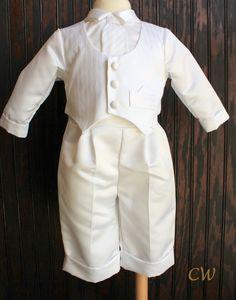 (http://www.christeningwardrobe.com/products/Henry-Boys-Christening-Outfit.html)