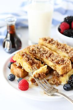 Cinnamon Streusel Baked French Toast Sticks Recipe