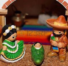 Mexikanische Krippe mit Joseph mit einem schwarzen Schnurrbart photo