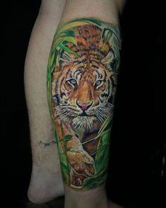 Tatuagem em realismo: encontre tatuadores na sua cidade - Blog Tattoo2me Tigre Tattoo, Electric Ink, Tattoodo, Blog, Tattoo Studio, Color Tattoo, Get A Tattoo, People, City