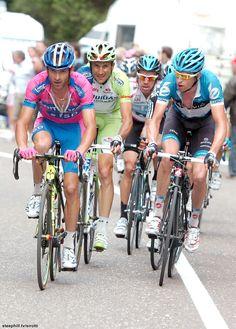 Scarponi, Basso, Uran and Hesjedal. Wie van hen maakt het Rodriquez lastig deze Giro? Lees op @touretappe over de prognoses.
