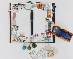 沒空/只好貼滿 #hairmodiary#pilot#draw#手帳#手繪#日誌#日記#繪圖#鋼筆#travelersnotebook#midori#stamp#jherbin#midoritravelersnotebook#winsorandnewton#maskingtape#旅人手帳#手帳好朋友#印章#色鉛筆#tape#紙膠帶#塊狀水彩#日付#倉敷意匠#illustration#KeepANotebook#miminoneday