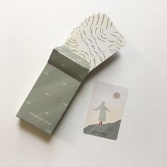 A soft, simple tarot deck with a calm and peaceful atmosphere.
