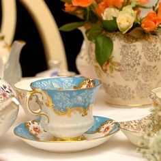 Eclectic Bliss - Vintage China Hire, Vintage Crockery Hire, Vintage Tableware Hire, Vintage Cake Stands, Styling and Accessories for Weddings and Special Events - Somerset, Dorset, Devon, South West, UK