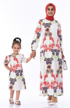 Mother and Daughter Combined Dress Red Fabric, Woven Fabric, Fabric Patterns, Flower Patterns, Mommy And Me Dresses, Daughter, High Neck Dress, Long Sleeve, Model
