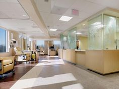"""Flexible """"open"""" functions, such as infusion therapy, were located along the curve of the building. Photo credit: ©Don Pearse Photographers, Inc."""