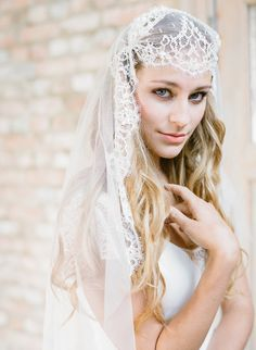 Makeup artist for an inspirational loft wedding shoot in Antwerp. bridal gown by Rembo Styling, veil by Sibo Designs.
