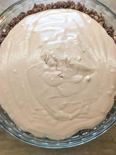 Sweetened Condensed Milk Chocolate Pie is an easy recipe that everyone will love. Its one of the best homemade desserts to take to a party serve on a holiday or share with family. - Milk - Ideas of Milk Homemade Desserts, Köstliche Desserts, Delicious Desserts, Dessert Recipes, Plated Desserts, Yummy Food, Chocolate Pie Recipes, Chocolate Desserts, Best Chocolate Milk