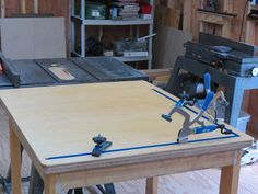 OUTFEED/ASSEMBLY TABLE - by THOMRIDER @ LumberJocks.com ~ woodworking community