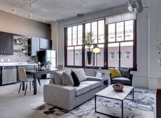 Pet-friendly Rayette Lofts blends modern amenities with the building's historic nature in Lowertown St. Reserve your luxury apartment today. Apartment 9, Apartment Interior Design, Interior Decorating, Apartment Gardening, Home Decor Styles, Furniture Projects, Living Spaces, Living Rooms, Kitchen Design