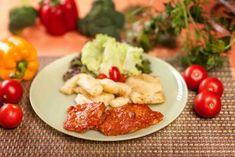 Snitele de soia la cuptor cu sos de rosii Vegan Vegetarian, Fries, Meat, Chicken, Baking, Food, Bakken, Essen, Meals