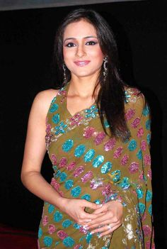 Neha Bamb Height and Weight, Bra Size, Body Measurements